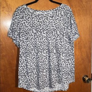 Sonoma Everyday Tee Gray With leopard spots